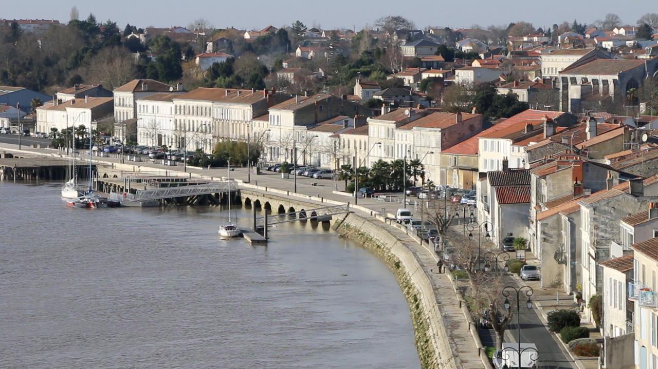 53-TER Redynamisation des quais à Tonnay-Charente